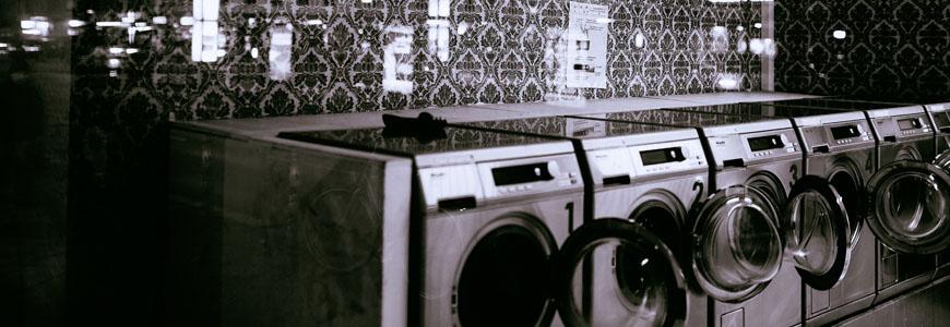 machine à laver blanchir chemise